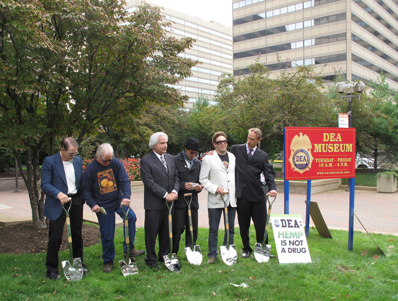 Farmers Will Allen and Wayne Hauge plant hemp at DEA Headquarters