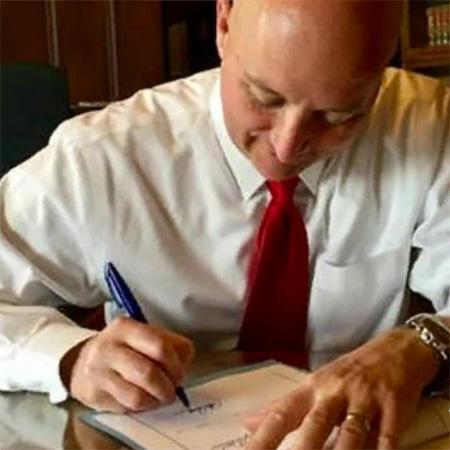Gov. Ricketts signs Nebraska hemp bill